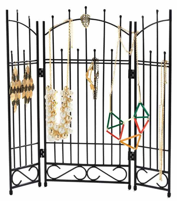 In Gate Demand Jewelry Holder