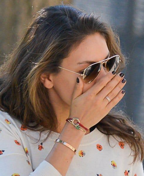 http://www.yournextjewelry.com/wp-content/uploads/2013/09/Mila-Kunis-Soho3.jpg