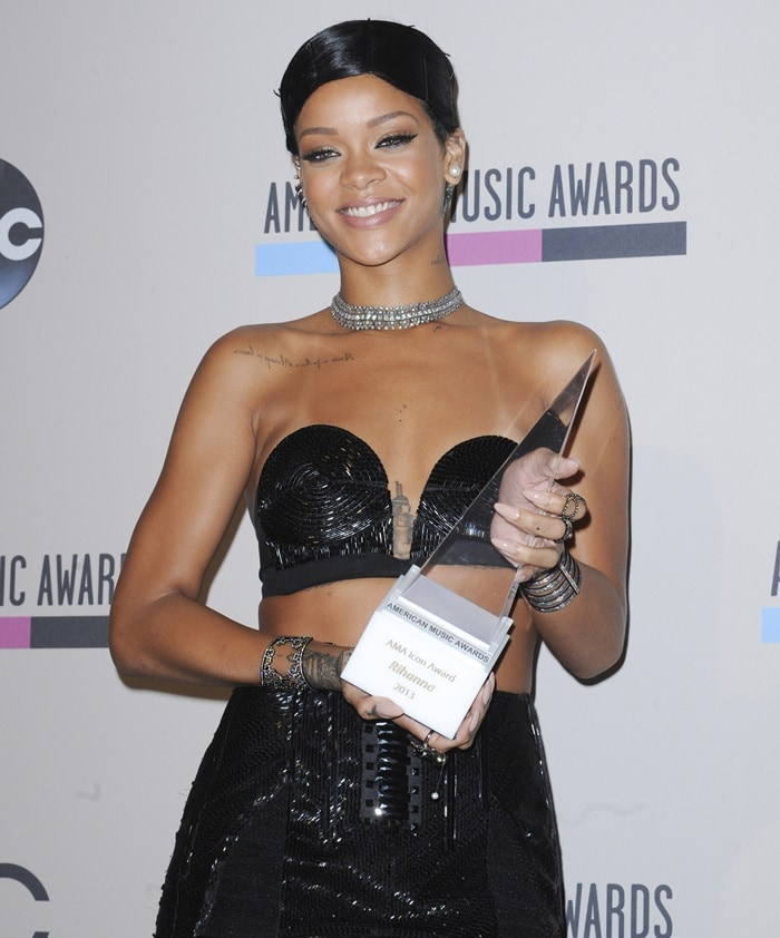 Rihanna at the 2013 American Music Awards held at Nokia Theater in Los Angeles on November 24, 2013