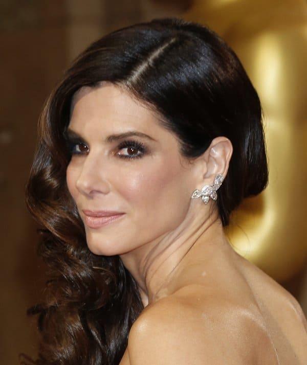Oscar Jewelry Sandra Bullock2