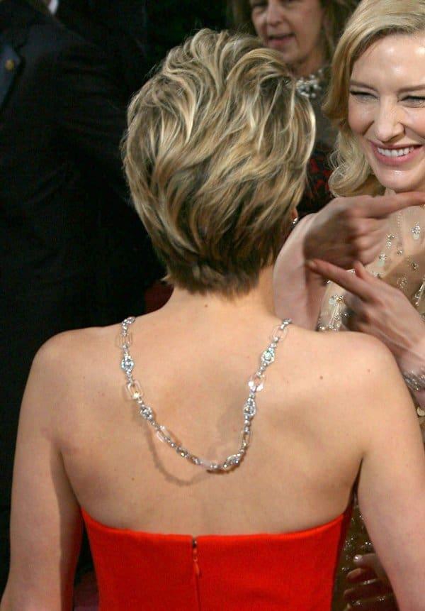 Oscars Jewelry Jennifer Lawrence2