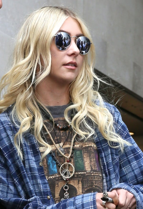 Taylor Momsen Rock Jewelry3