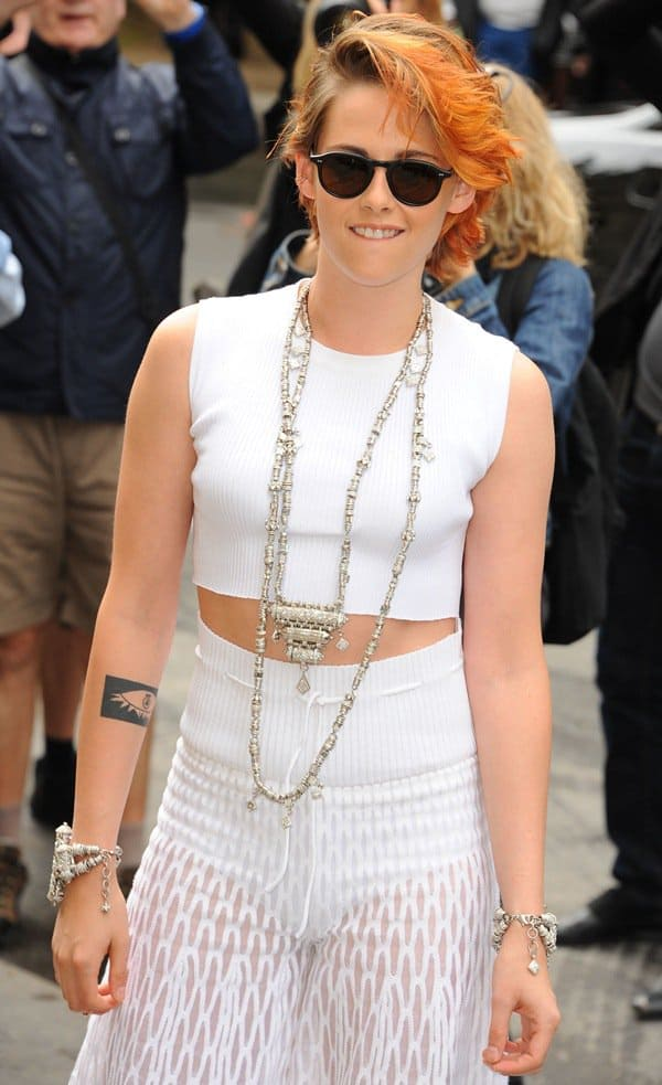Kristen Stewart's weird-looking harem pants totally covered up her figure and only made her look even shorter