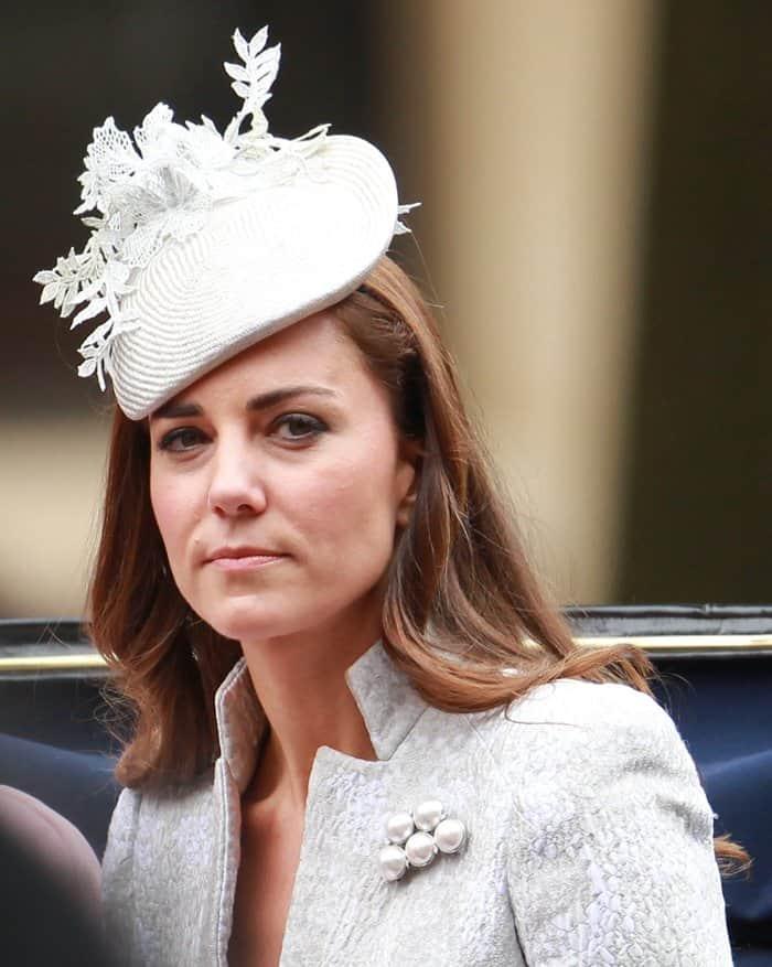 Kate Middleton Brooch2