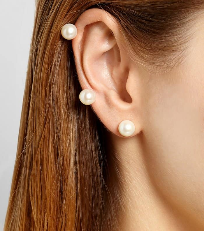 Ana Khouri Jane 18-Karat Gold Saltwater Pearl Ear Cuff3
