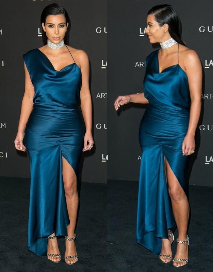 Kim Kardashian Choker7