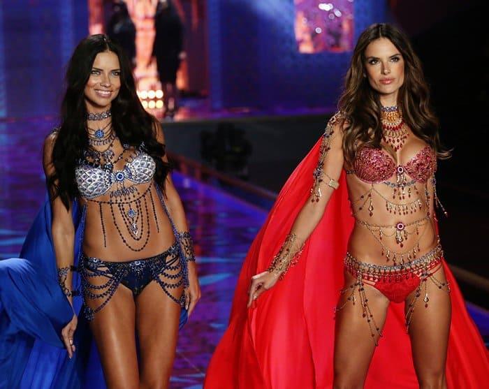 VS Fashion Show Jewelry11
