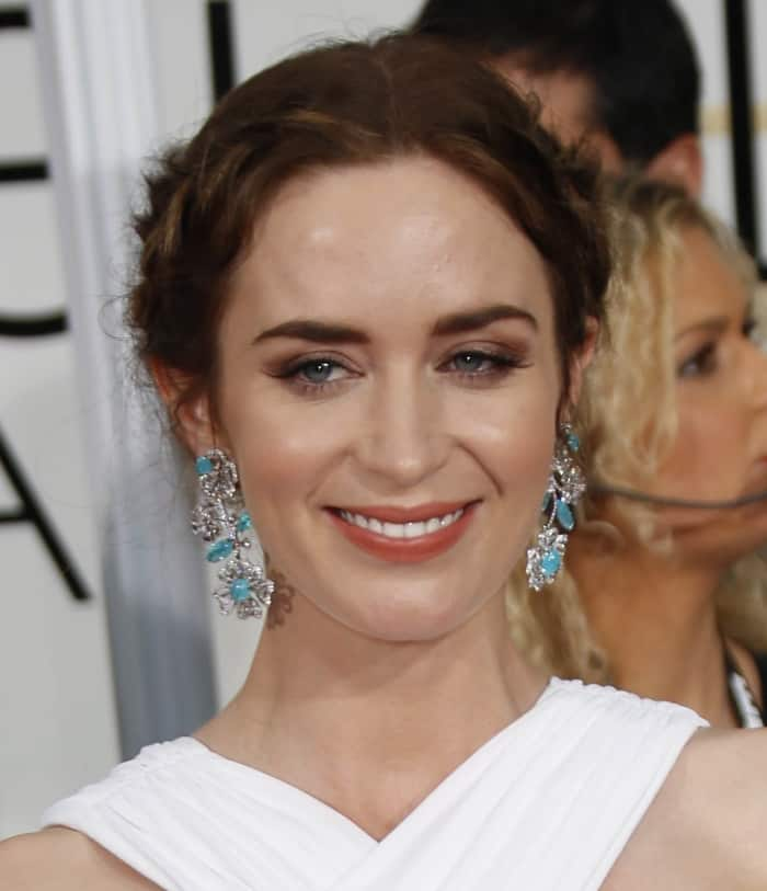 Emily Blunt Turquoise Earrings4
