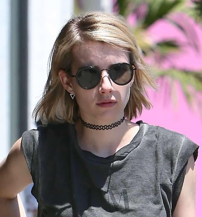 Choker Emma Roberts4