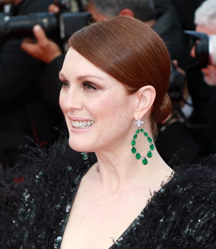 Cannes Jewelry Julianne Moore4
