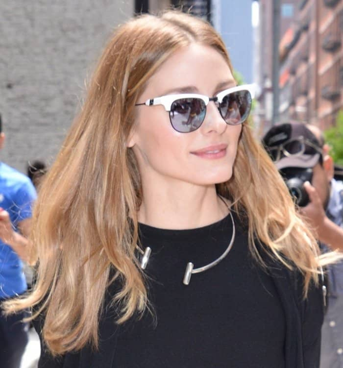 Olivia Palermo wearing a rhodium-plated silver bar collar necklace