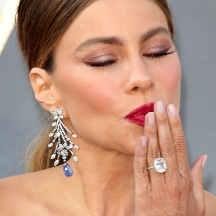 Sofia Vergara's engagement ring is valued at around $500,000