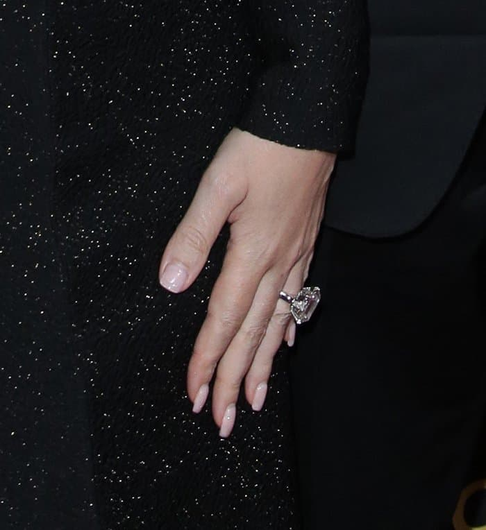 Mariah Carey's 35-carat diamond and platinum engagement ring from James Packer