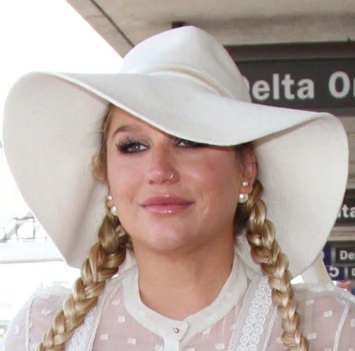 Kesha Reversible Pearls5