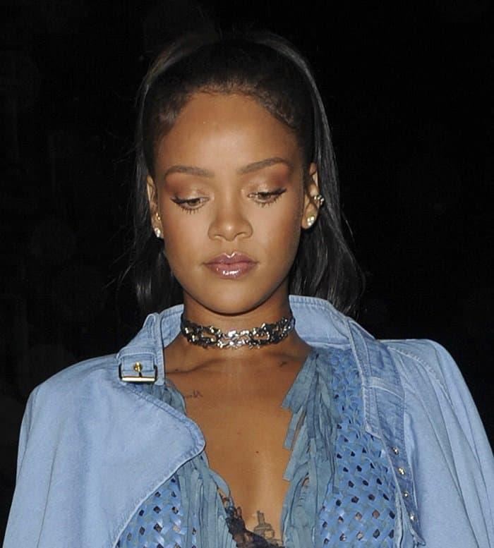 Rihanna Silver Choker