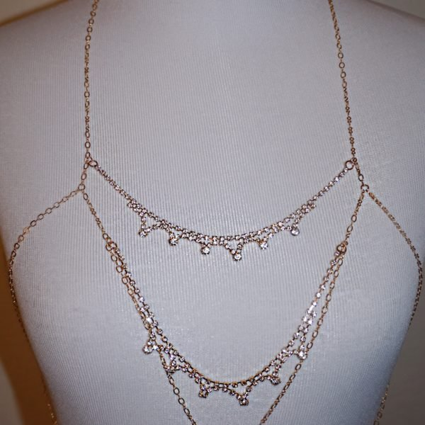 21 HM Cia body chain