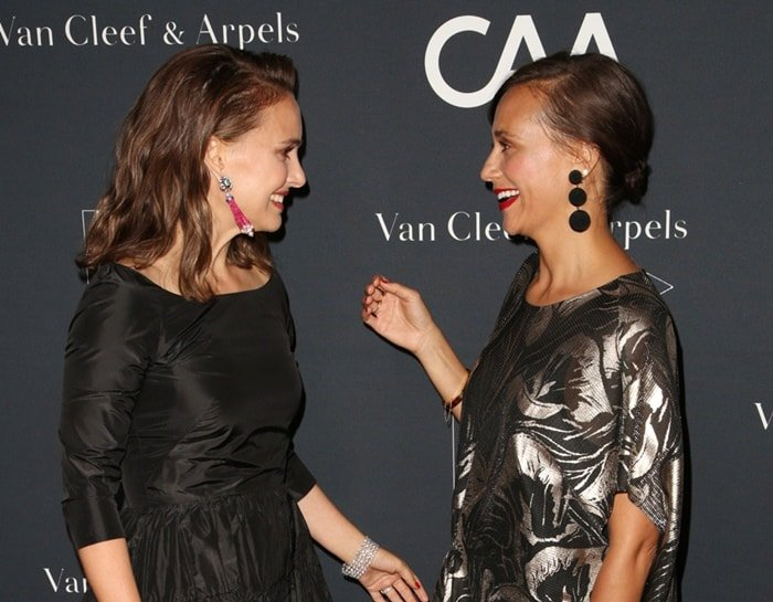 Natalie Portman and Rashida Jones say hello at the L.A. Dance Project Gala.